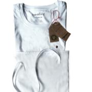 Plastikfrei verpackte Kleidung
